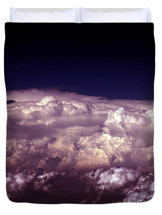Cloud Photos Duvet Cover featuring the photograph Cb5.866 by Strato ThreeSIXTYFive