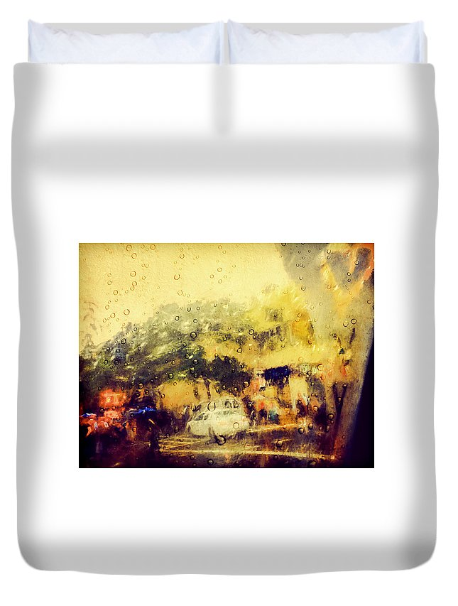 New York Duvet Cover featuring the photograph Cell Pic by Tina Baxter