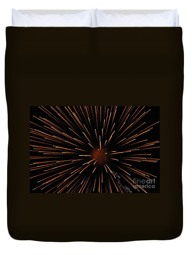 Fireworks Duvet Cover featuring the photograph Center Mass by Rick Monyahan