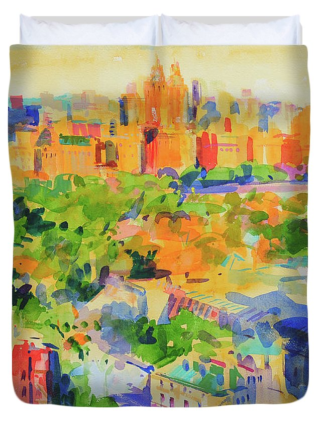 Central Park Duvet Cover featuring the painting Central Park From The Carlyle by Peter Graham