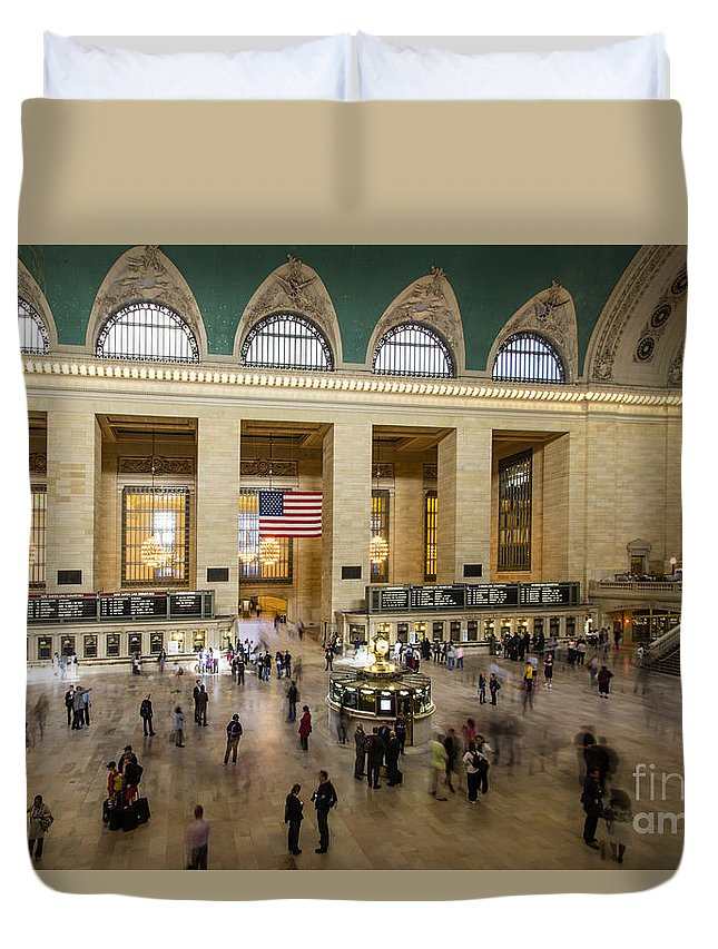 New York City Duvet Cover featuring the photograph Central Station New York by Juergen Held