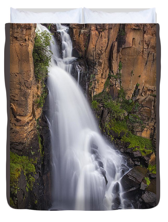 Waterfall Duvet Cover featuring the photograph Chasing Waterfalls by Tim Reaves