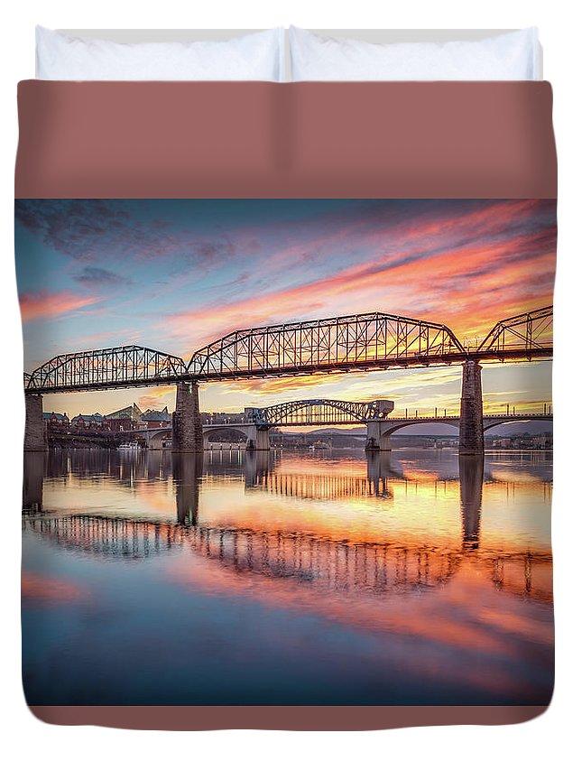 Chattanooga Duvet Cover featuring the photograph Chattanooga Sunset 5 by Steven Llorca