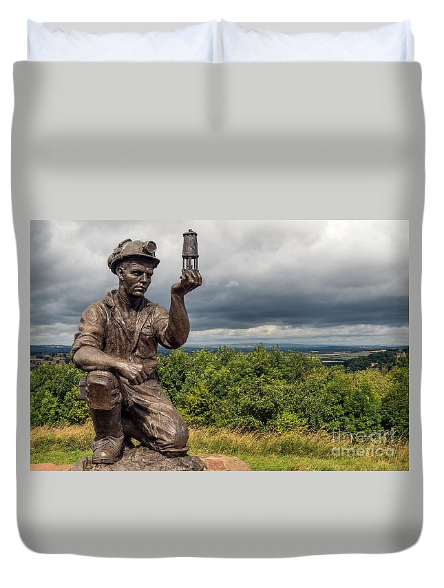 England - History - Mining - Industrial - Statue - Landscape - View - Sky - Monument Duvet Cover featuring the photograph Checking For Gas by Chris Horsnell