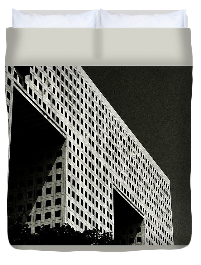 Abstract Duvet Cover featuring the photograph Chiaroscuro Construction by Shaun Higson