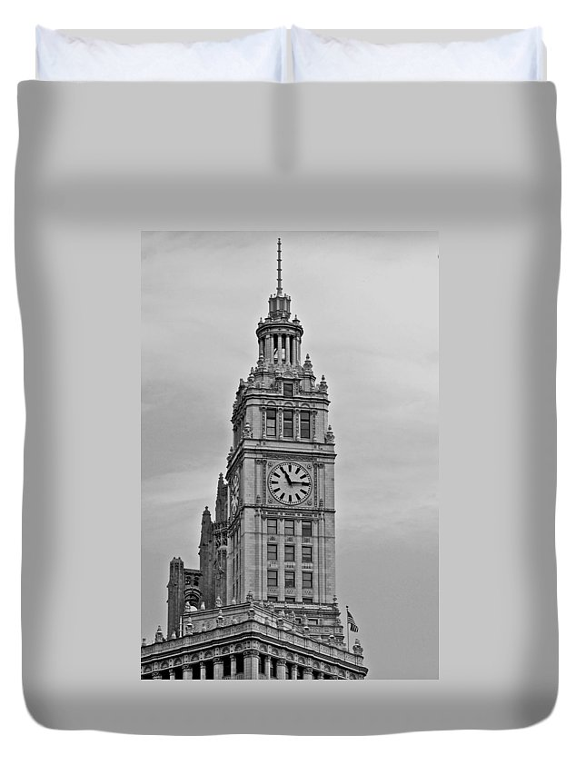 Architecture Duvet Cover featuring the photograph Chicago Clock Tower by Dale Chapel