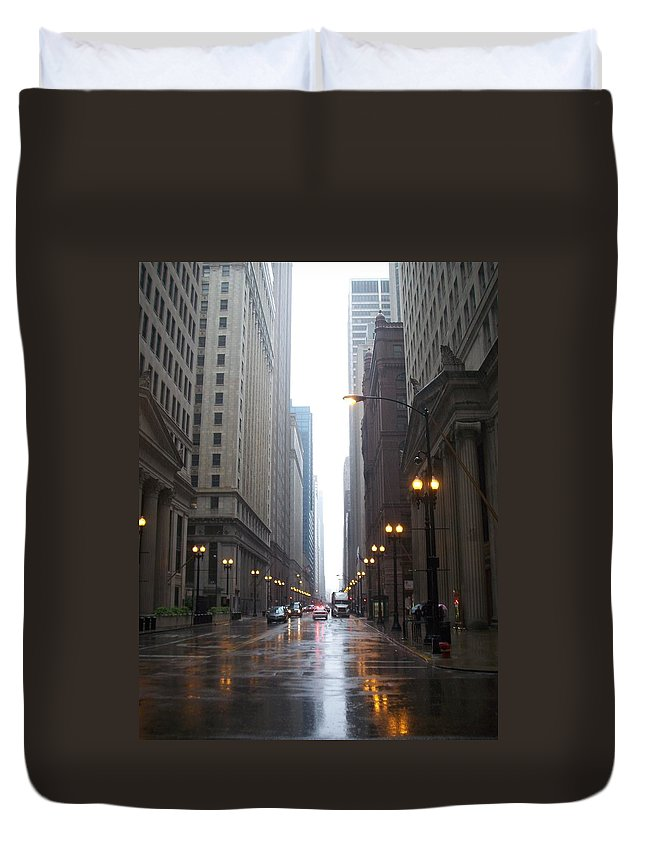 Chicago Duvet Cover featuring the photograph Chicago In The Rain 2 by Anita Burgermeister