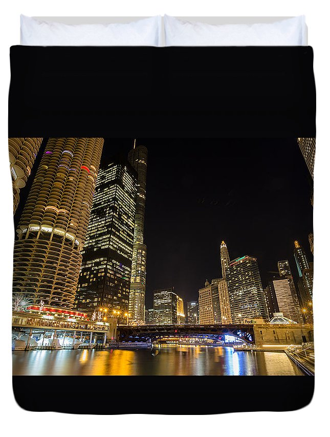 Chicago Duvet Cover featuring the photograph Chicago - Looking East From Dearborn Street by Greg Thiemeyer