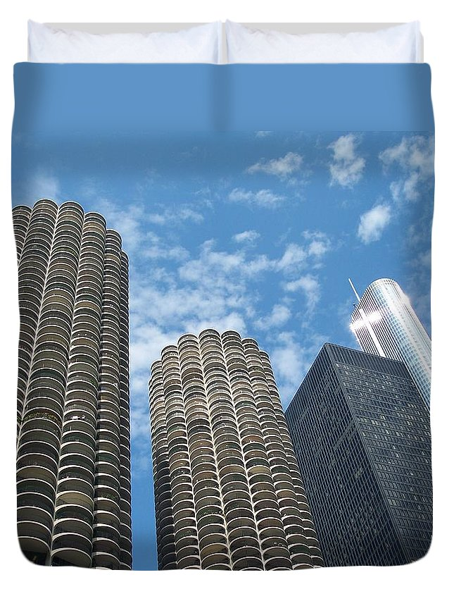 Chicago Duvet Cover featuring the photograph Chicago On A Bright Blue Day by Michelle Miron-Rebbe