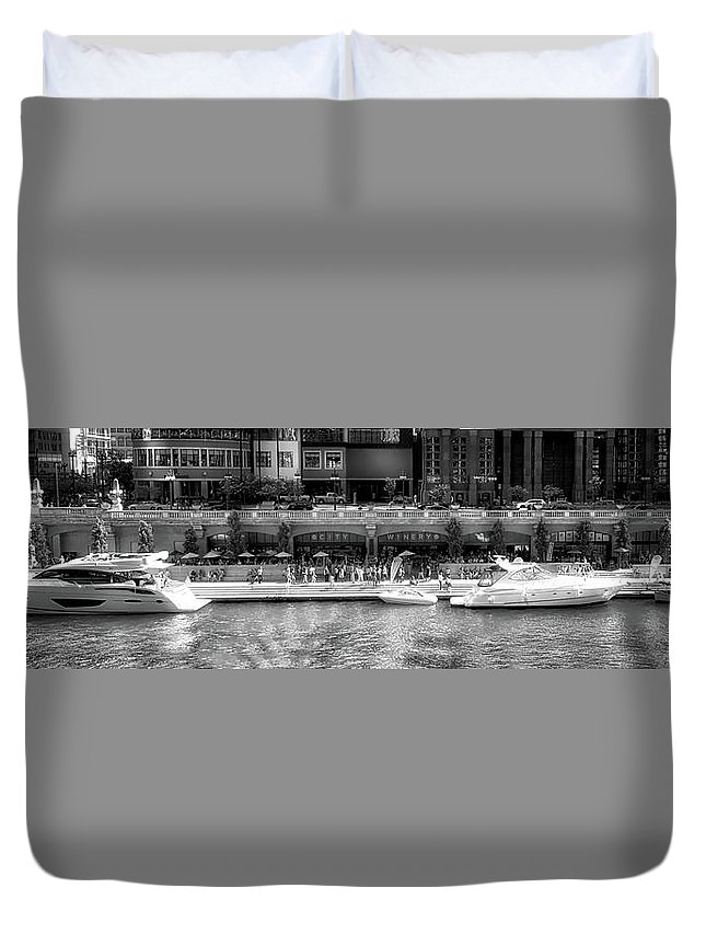 Chicago River Duvet Cover featuring the photograph Chicago Parked On The River Walk Panorama 02 Bw by Thomas Woolworth