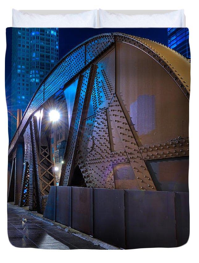 Bridge Duvet Cover featuring the photograph Chicago Steel Bridge by Steve Gadomski