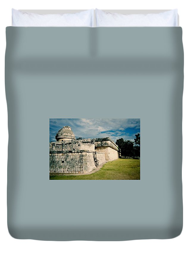 Chitchen Itza Duvet Cover featuring the photograph Chichen Itza 1 by Anita Burgermeister