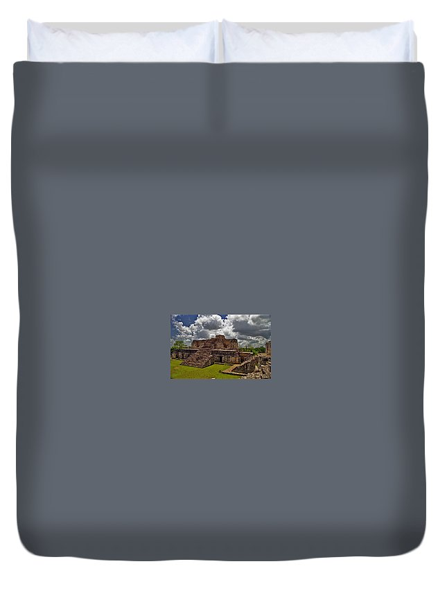 Mayan Duvet Cover featuring the photograph Chichen Itza 2 by Michael Peychich