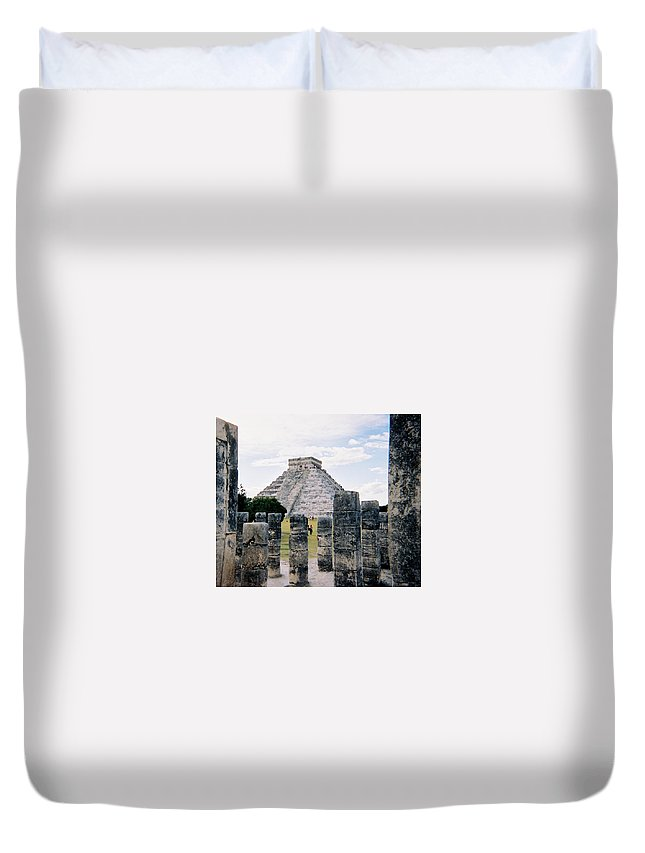 Chitchen Itza Duvet Cover featuring the photograph Chichen Itza 3 by Anita Burgermeister