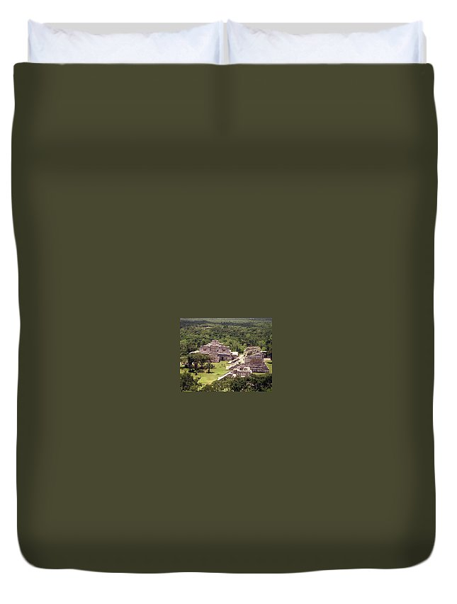 Mayan Duvet Cover featuring the photograph Chichen Itza by Michael Peychich