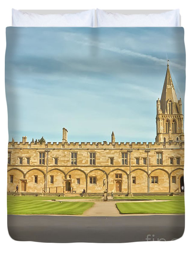 Christ Church College Oxford Duvet Cover featuring the photograph Christ Church College Oxford by Terri Waters
