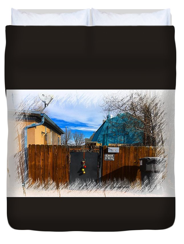 Expressive Duvet Cover featuring the photograph Christmas Down The Alleyway by Lenore Senior
