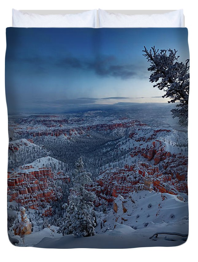 Arches Duvet Cover featuring the photograph Christmas Light by Edgars Erglis