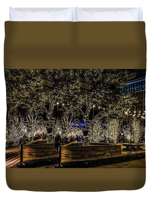San Jacinto Plaza Duvet Cover featuring the photograph Christmas Lights by Subhadra Burugula