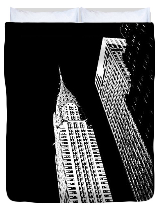 Chrysler Building Duvet Cover featuring the photograph Chrysler Nights by Az Jackson