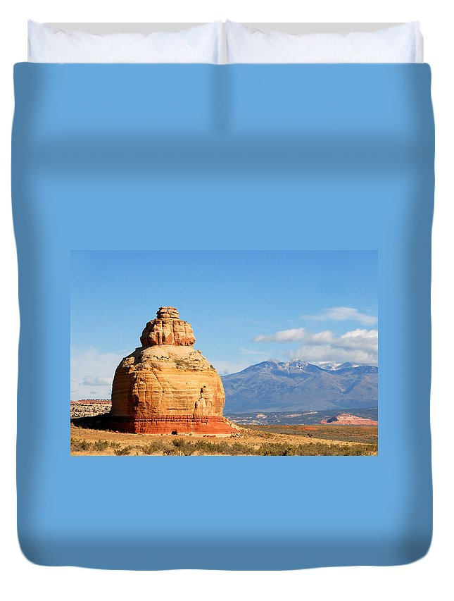Church Rock Utah Duvet Cover featuring the photograph Church Rock Utah by David Lee Thompson