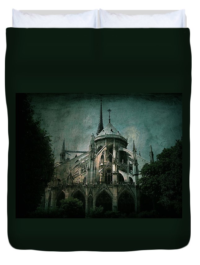 Notre Dame Duvet Cover featuring the photograph Citadel by Andrew Paranavitana