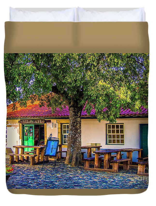 Braganca Duvet Cover featuring the photograph Citadel Cafe by Roberta Bragan