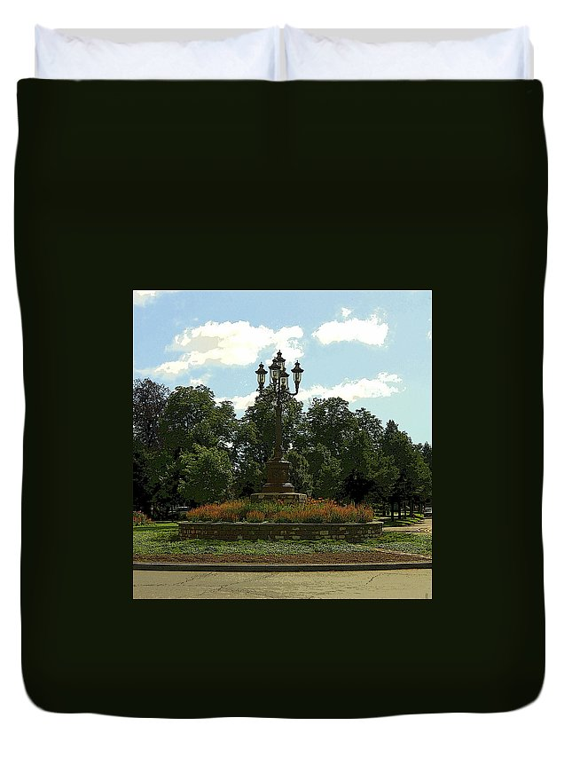City Duvet Cover featuring the photograph City Circle by Kathleen Struckle