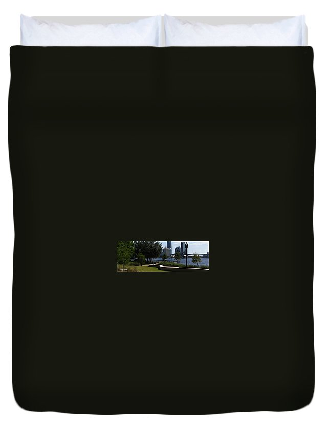 Art For The Wall...patzer Photography Duvet Cover featuring the photograph City Way by Greg Patzer