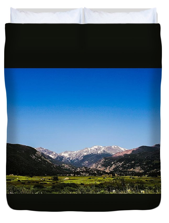 Colorado Duvet Cover featuring the photograph Clarity by Alexander Eib