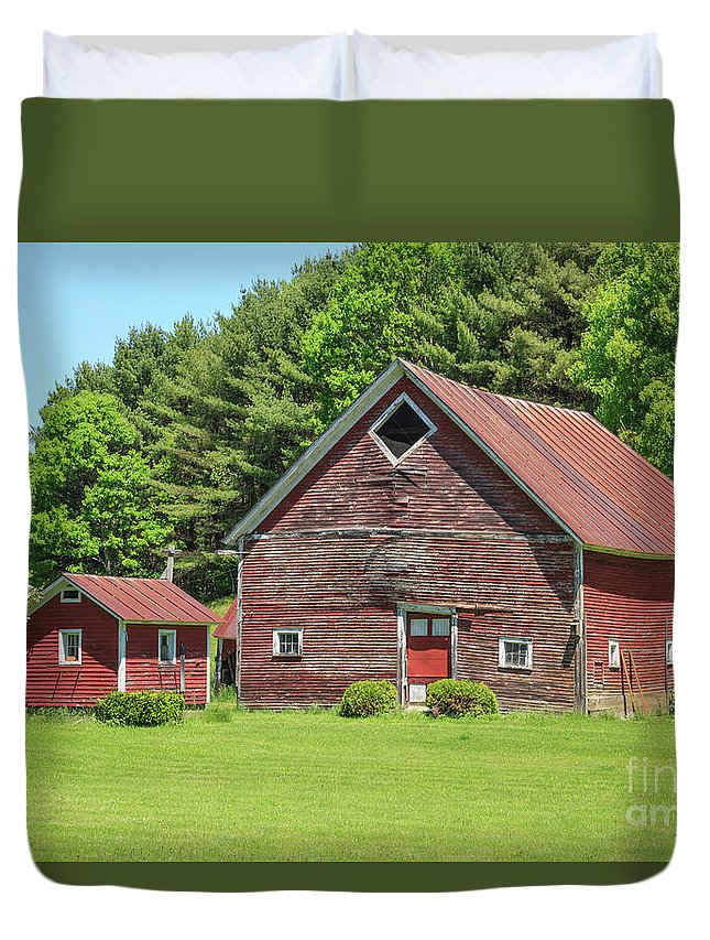 May Duvet Cover featuring the photograph Classic Old Red Barn In Vermont by Edward Fielding