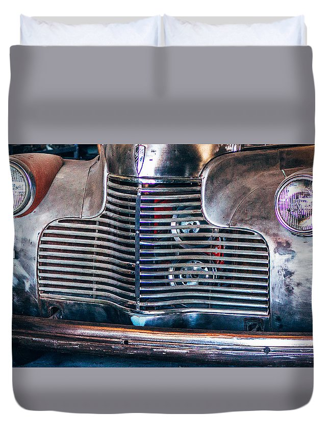 Cars Duvet Cover featuring the photograph Classic by Tammy Bryant