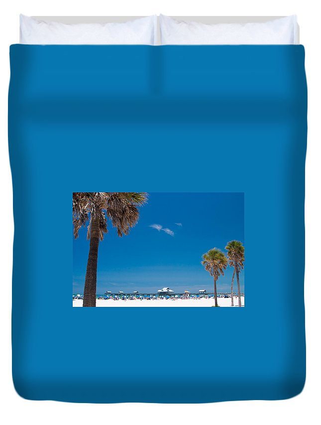 3scape Duvet Cover featuring the photograph Clearwater Beach by Adam Romanowicz