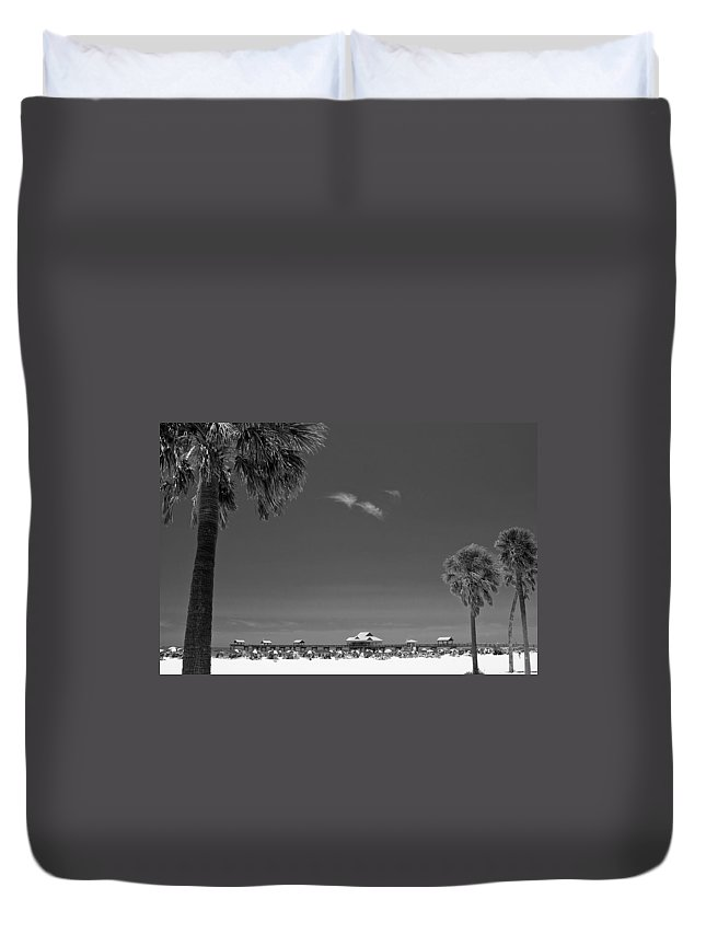 B&w Duvet Cover featuring the photograph Clearwater Beach Bw by Adam Romanowicz