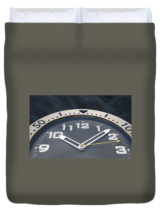 Clock Duvet Cover featuring the photograph Clock Face by Rob Hans