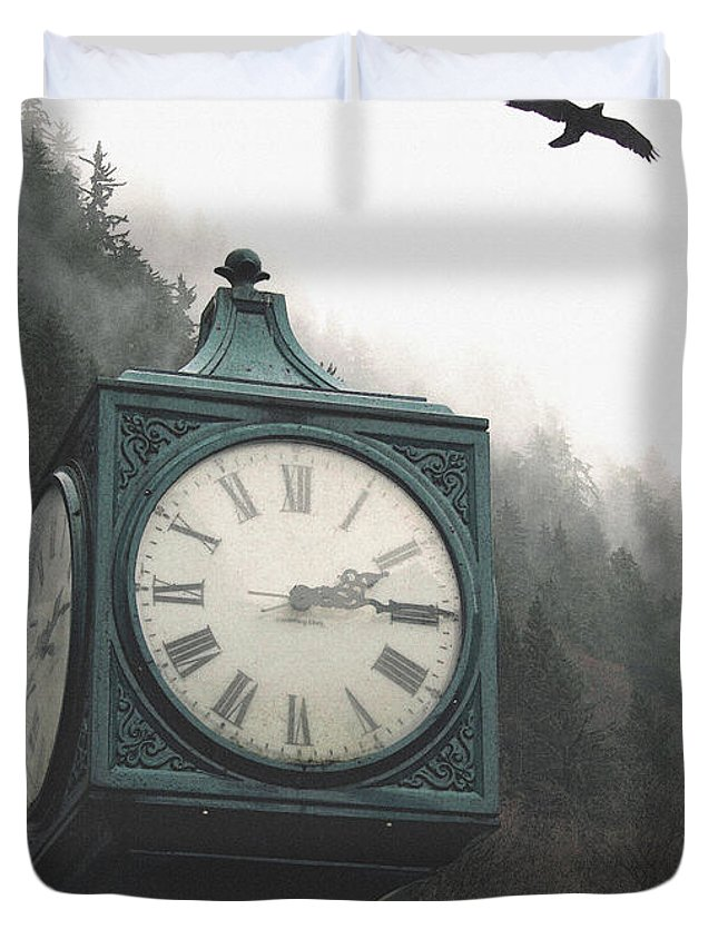 Clock Duvet Cover featuring the photograph Clock Raven by Perri Kelly