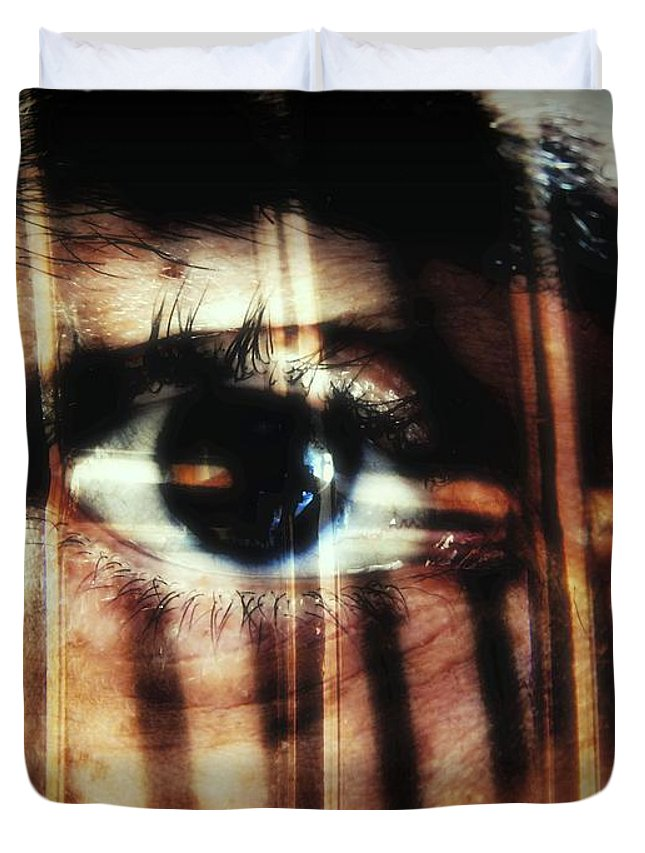 Eyes Duvet Cover featuring the photograph Arrested - Visceral by Beto Machado