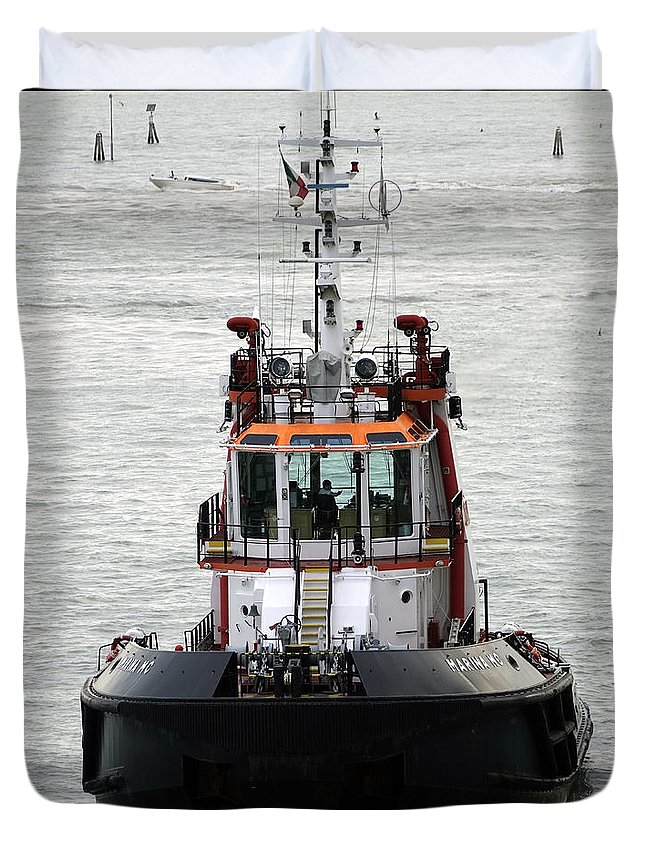 Tugboat Duvet Cover featuring the photograph Close Up Of A Tugboat In Venice Harbor by Richard Rosenshein