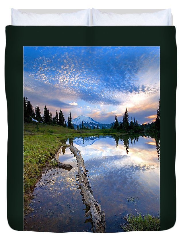 Landscape Duvet Cover featuring the photograph Cloud Explosion by Mike Dawson