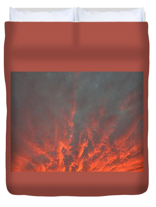 Landscape Duvet Cover featuring the photograph Clouds 57 by George Ramos