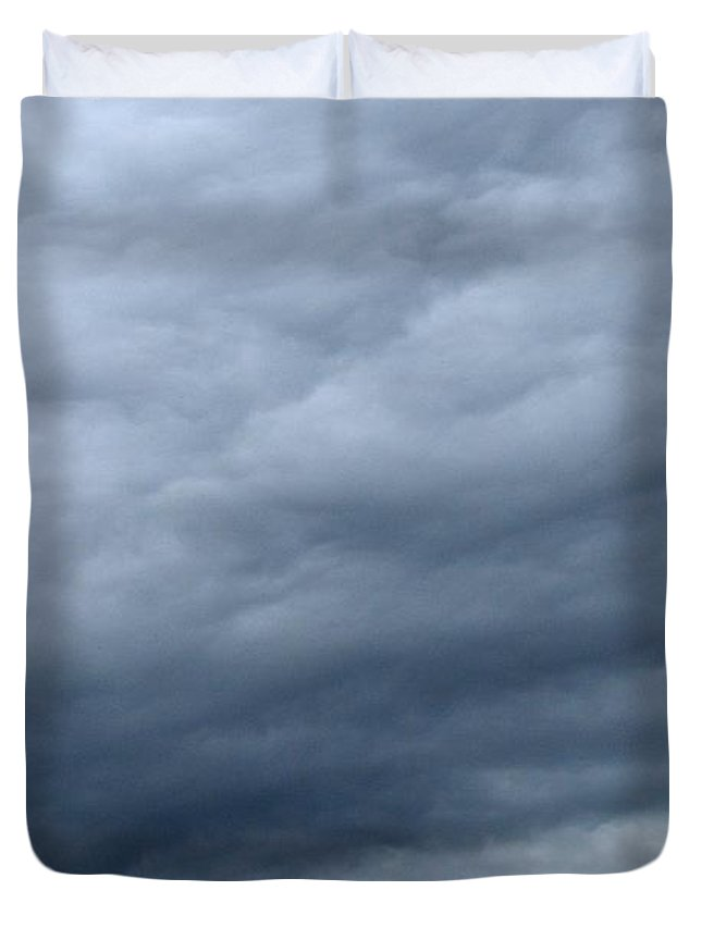 Abstract Duvet Cover featuring the photograph Clouds At Dusk Two by Lyle Crump