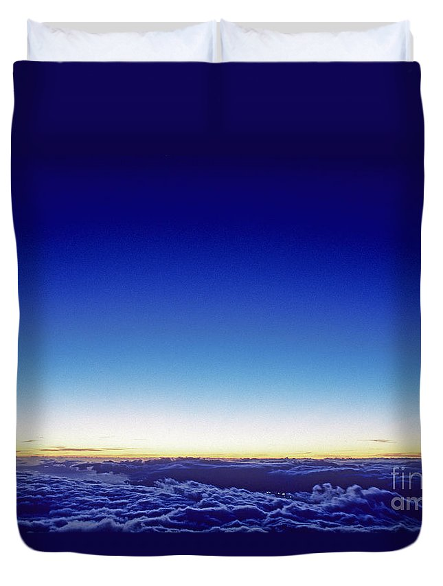 Above Duvet Cover featuring the photograph Clouds At Sunset by Carl Shaneff - Printscapes