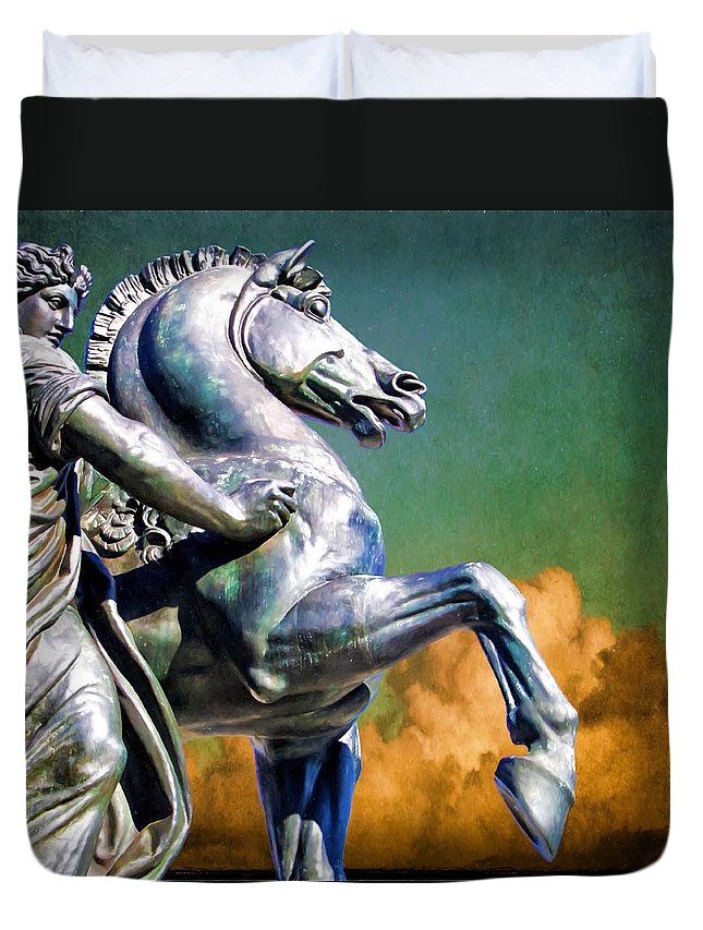 Alicegipsonphotographs Duvet Cover featuring the photograph Clouds By Pegasus by Alice Gipson