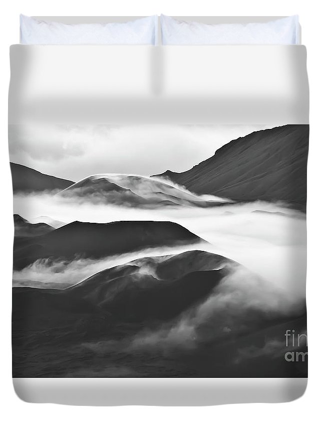 Mountains Duvet Cover featuring the photograph Maui Hawaii Haleakala National Park Clouds In Haleakala Crater by Jim Cazel