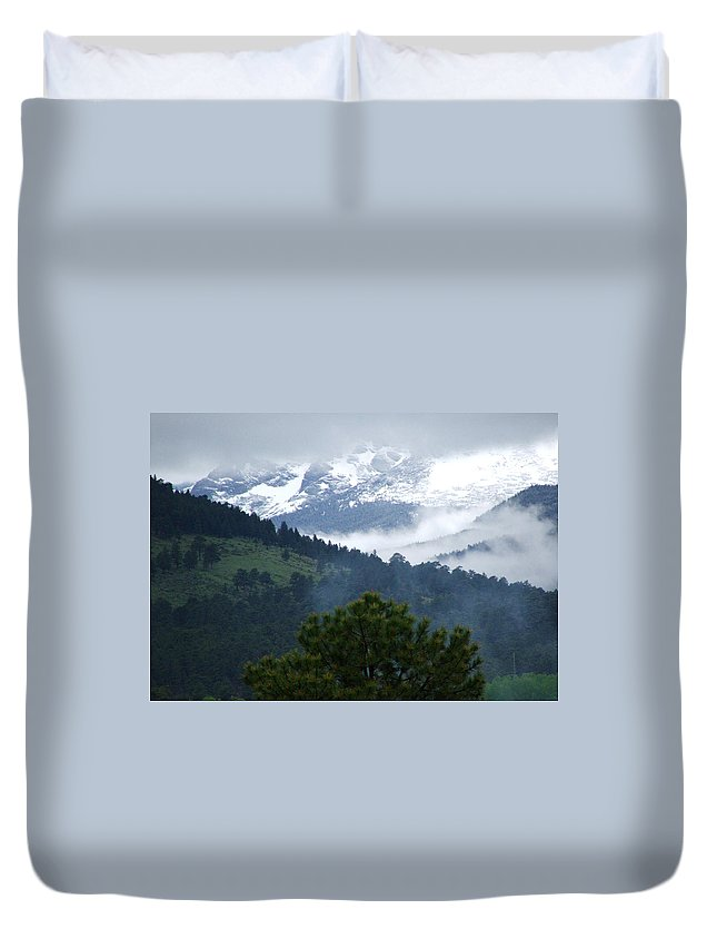 Colorado Duvet Cover featuring the photograph Clouds In The Rockies by Bob W Brown