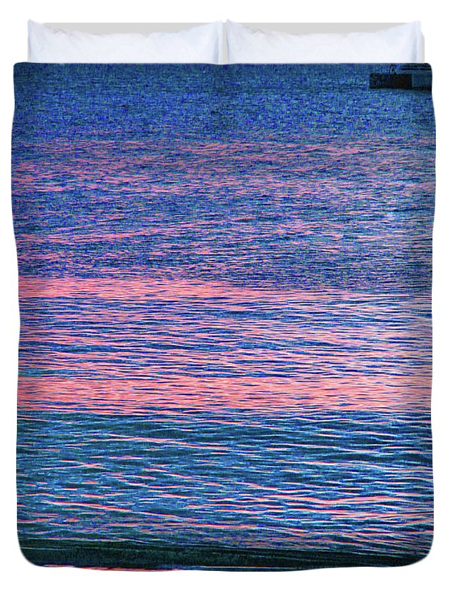 St Kitts Duvet Cover featuring the photograph Clouds On The Horizon by Ian MacDonald