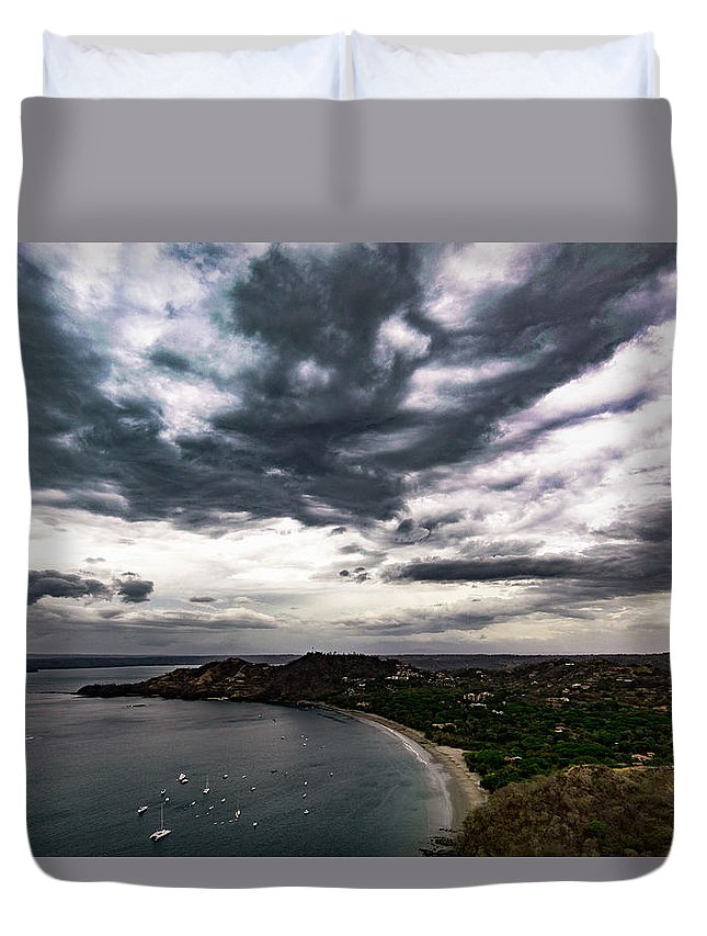 A Nice View To The Beach With A Cloud Formation Almost Looking Like An Oil Painting Duvet Cover featuring the photograph Cloudy Ocean View by Ronnie Alfaro