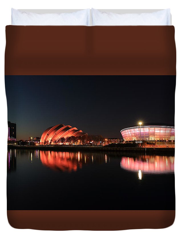 Clyde Reflections Duvet Cover featuring the photograph Clyde Twilight Reflections by Grant Glendinning