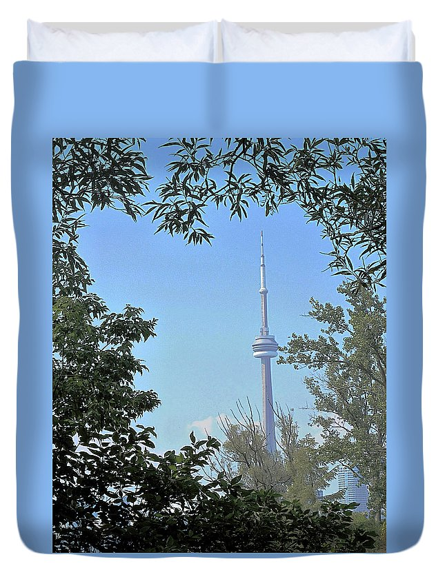 Cn Tower Duvet Cover featuring the photograph Cn Tower Framed by Ian MacDonald