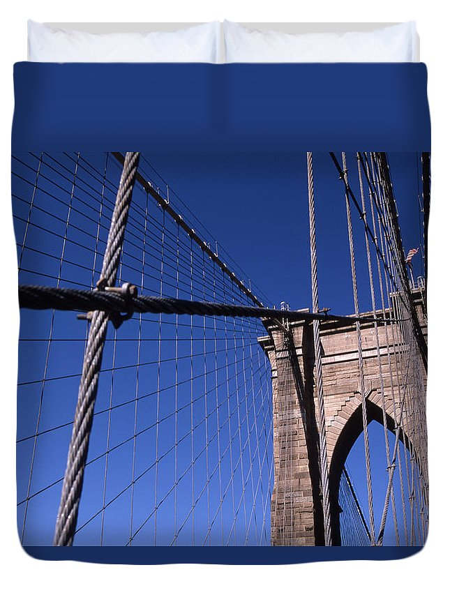 Landscape Brooklyn Bridge New York City Duvet Cover featuring the photograph Cnrg0405 by Henry Butz
